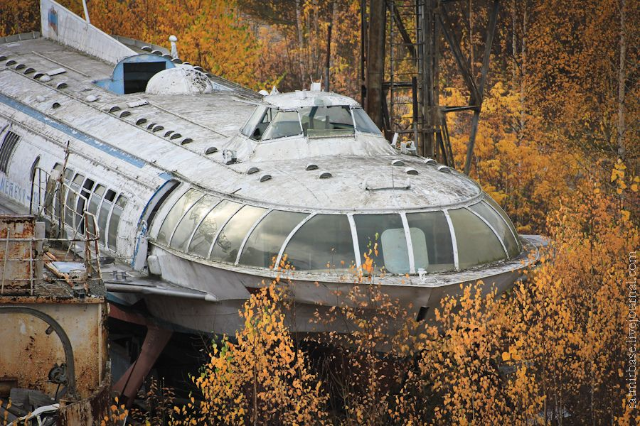 this-graveyard-contains-the-abandoned-raketas-or-rockets-that-once-plied-the-volga-and-other-great-rivers-of-the-soviet-union-during-the-cold-war-years-4